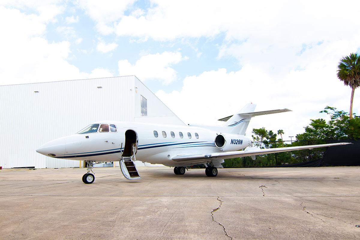 Catalina-Aerospace-Hawker-800A-6