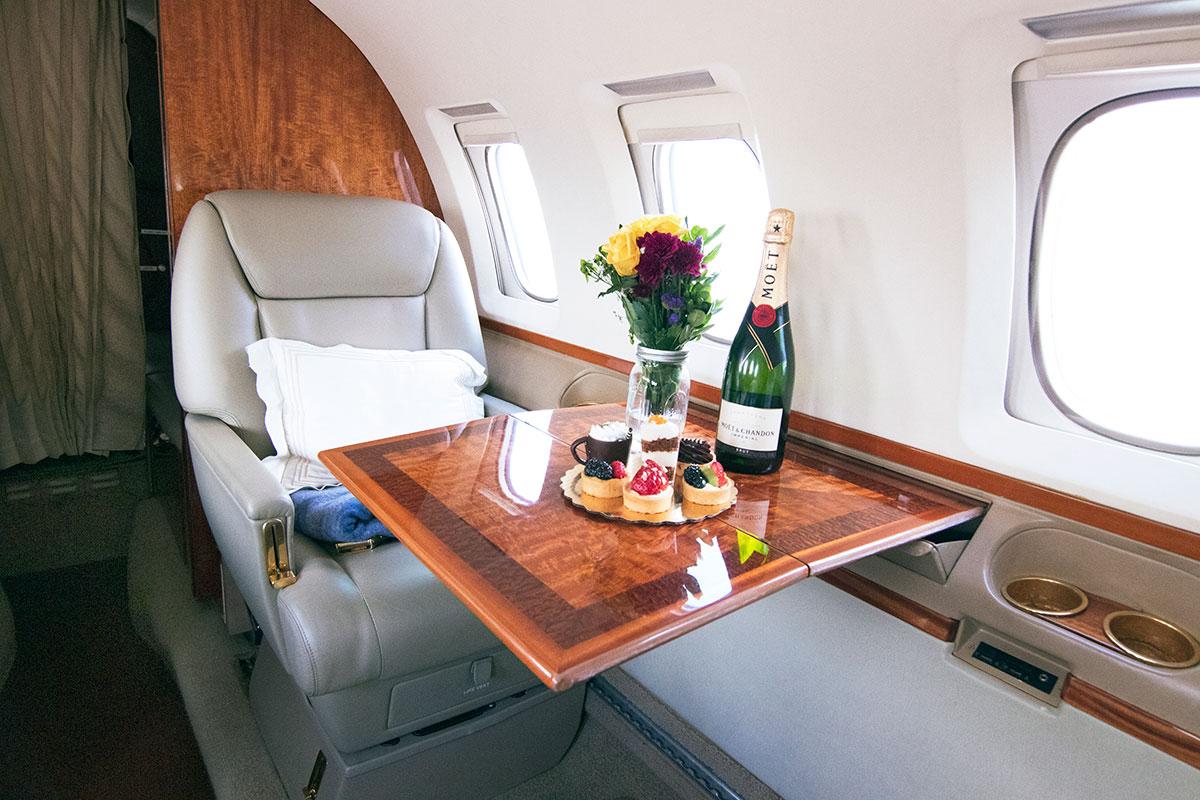 Catalina-Aerospace-Hawker-800A-interior-2