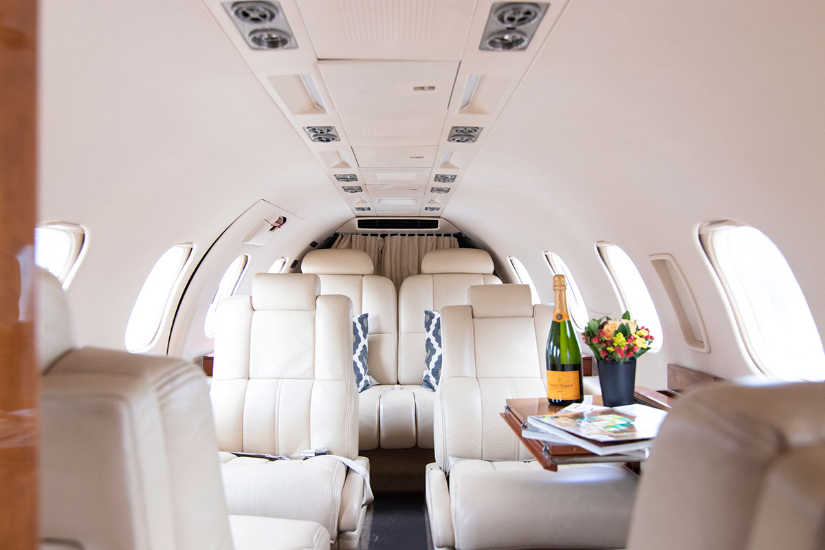 Catalina-Aerospace-Learjet-interior-4